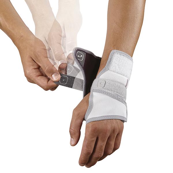 Push med polsbrace splint aandoen