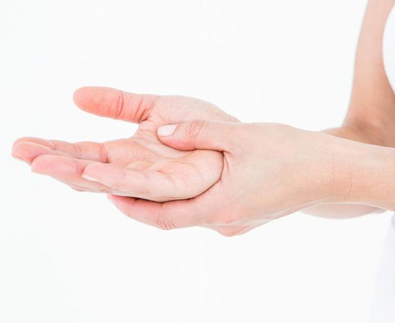 Hand blessure